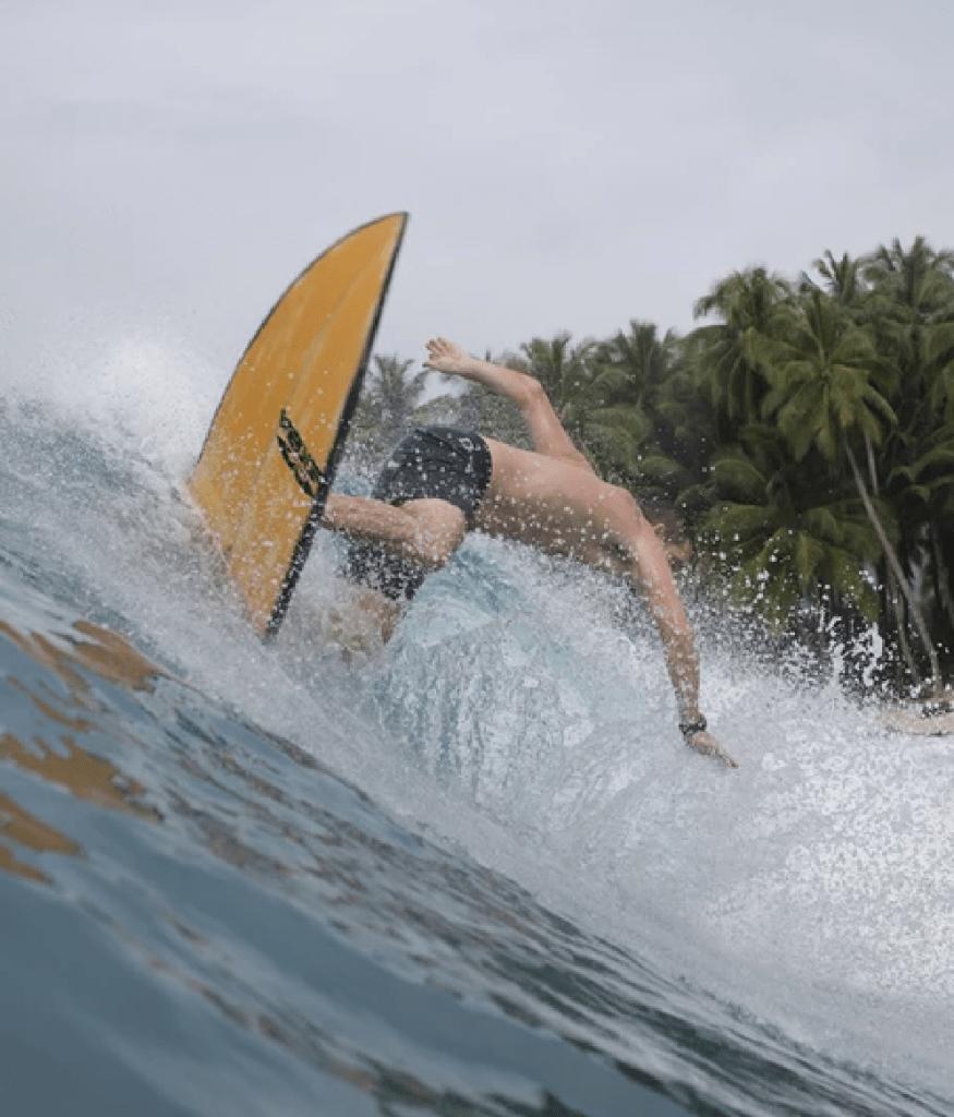 surf_indonesia.0005